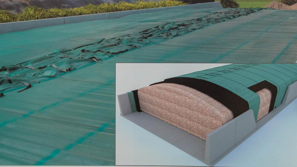 Huesker silage clamp cover