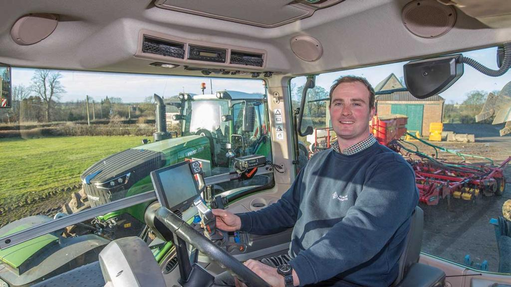 IN THE FIELD WITH THE FENDT 1050