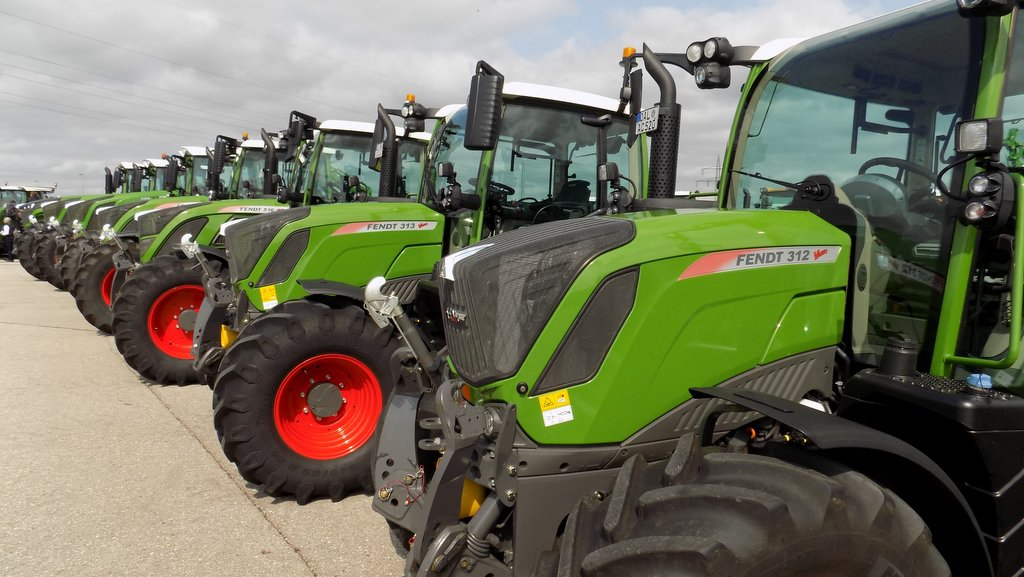 Number of tractors registered lower in first quarter of 2020