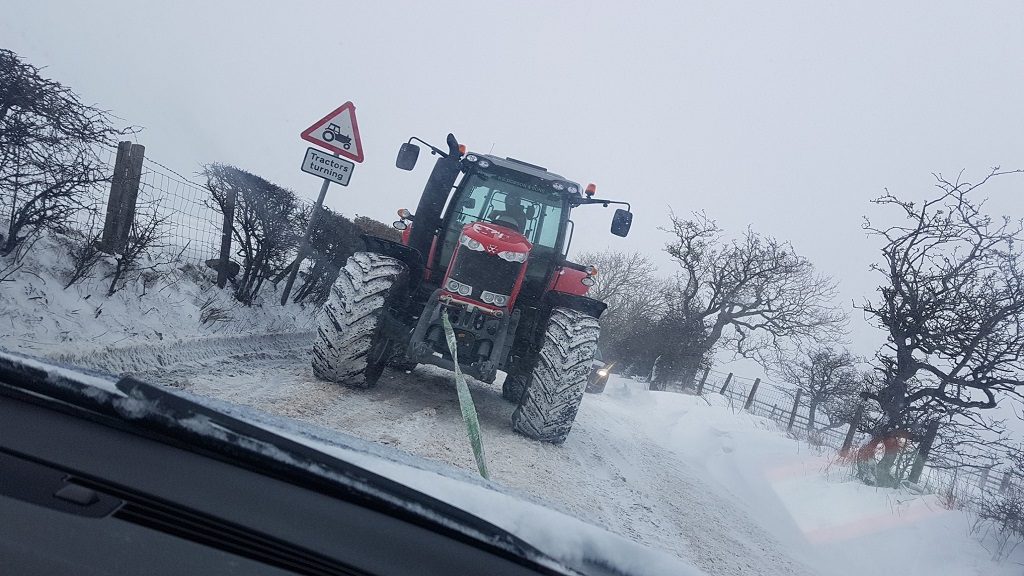 10 examples of farmers saving the day in the snow