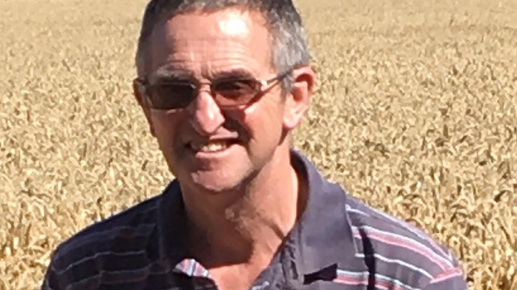Simon Beddows, farmer, Dunsden Green Farm, Berks. Skyfall drilled October 11, Zyatt drilled October 24.