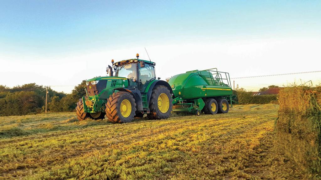 User story: Modern John Deere L1500 features ease baler operation