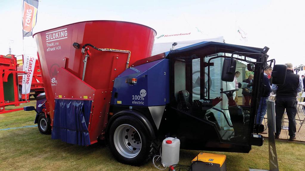 Kverneland shows electric powered diet feeder