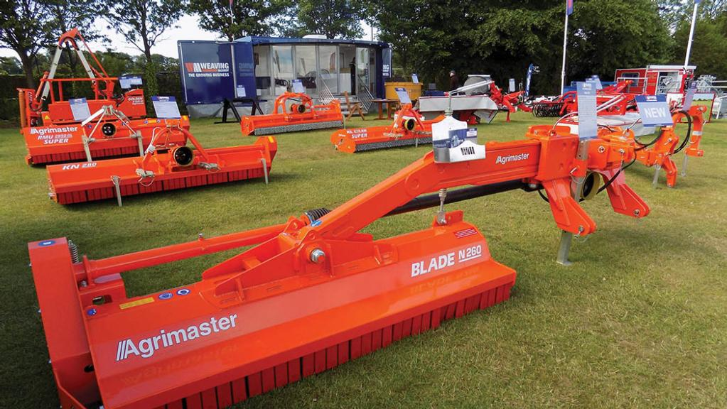 Weaving adds off-set flail mower
