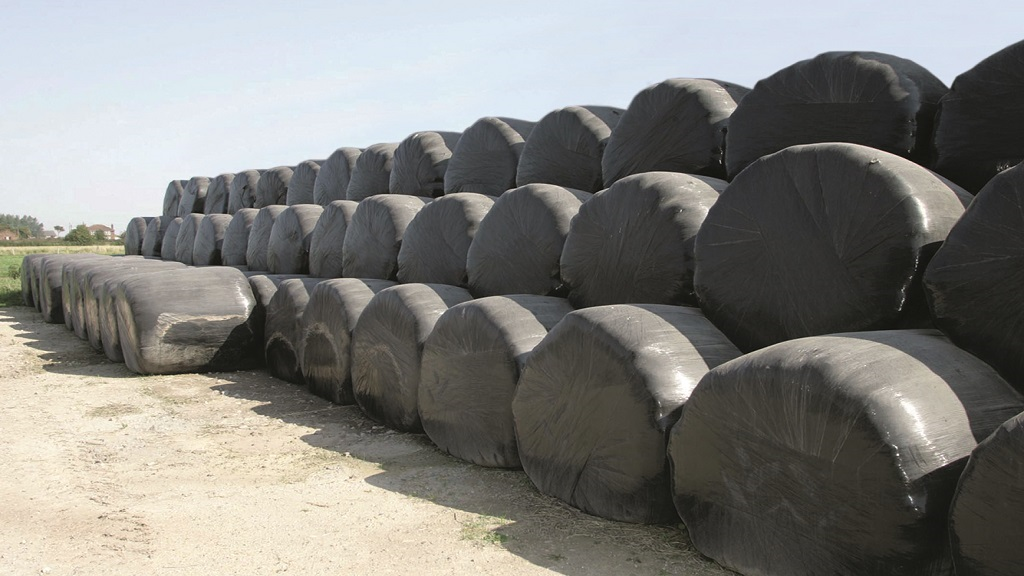 Safety issues raised around farm round bale stacking methods