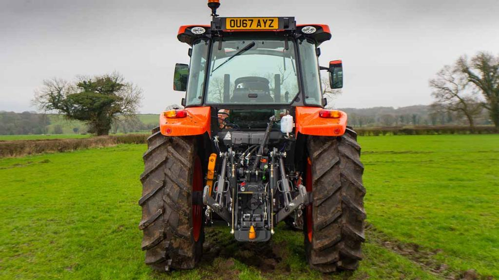 PRACTICALITIES & MAINTENANCE: KUBOTA M5111