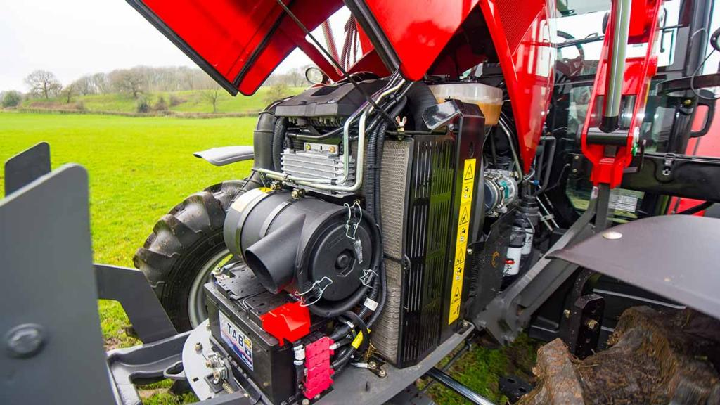 ENGINE & TRANSMISSION: MASSEY FERGUSON 5711 GLOBAL