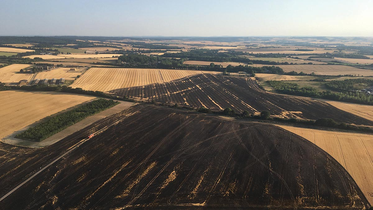 Farmers praised for ploughing fire breaks at huge Oxfordshire blaze