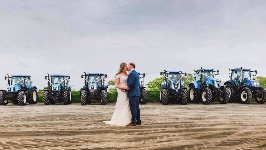 15 photos to prove that farm weddings are the best