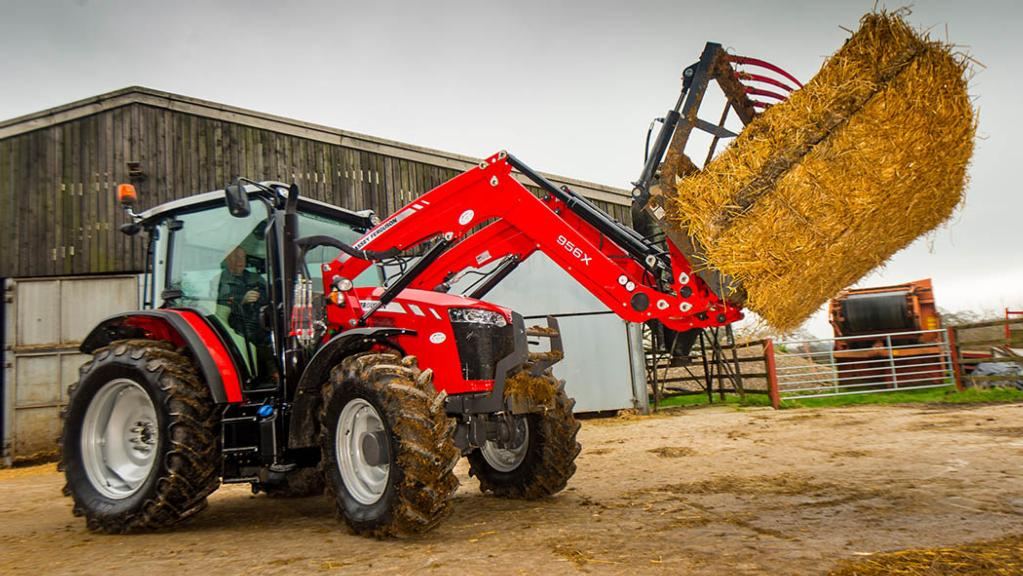 HANDLING: MASSEY FERGUSON 5711 GLOBAL