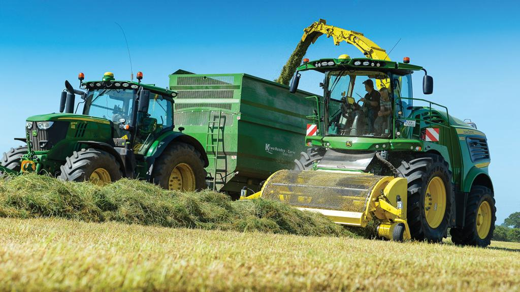 VIDEO: John Deere reveals new 9000 Series self-propelled forager