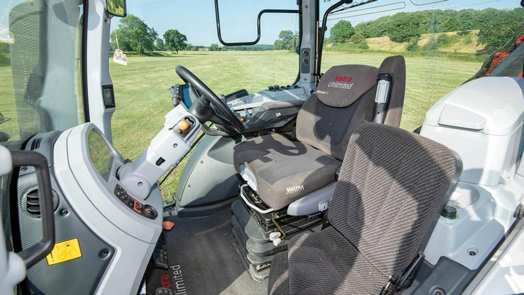 Valtra's high-spec Versu and Direct tractors now feature a new control interface.