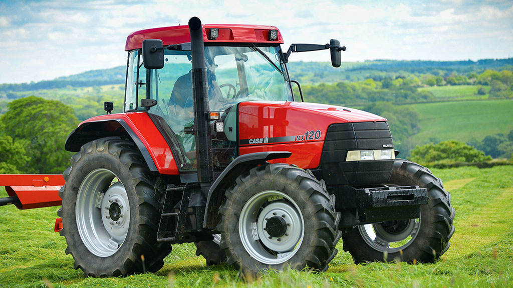 A special Case: refreshing a classic MX120 tractor