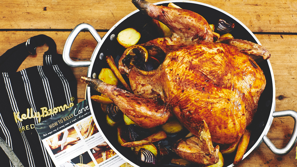 Christmas cooking tips: Cook your perfect Christmas turkey with tips from Kelly Bronze legend