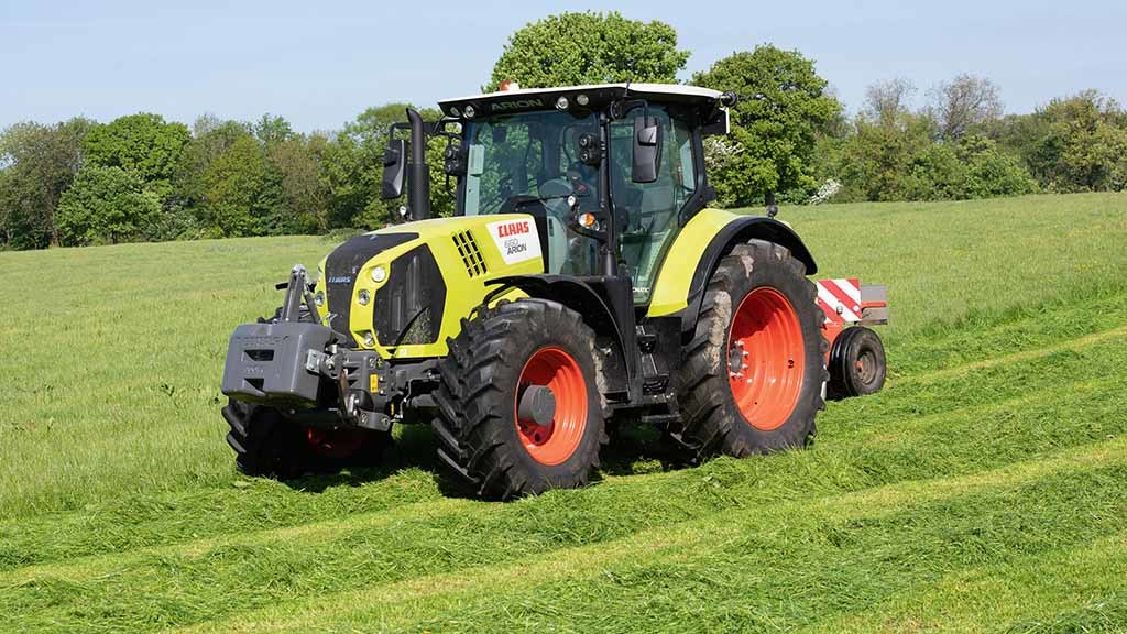 Updates lurking beneath the skin: Flagship Claas Arion put to the test