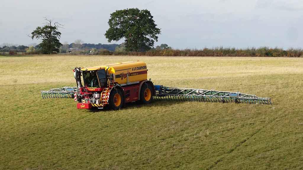 User review: Slurry application on a large scale with Vredo