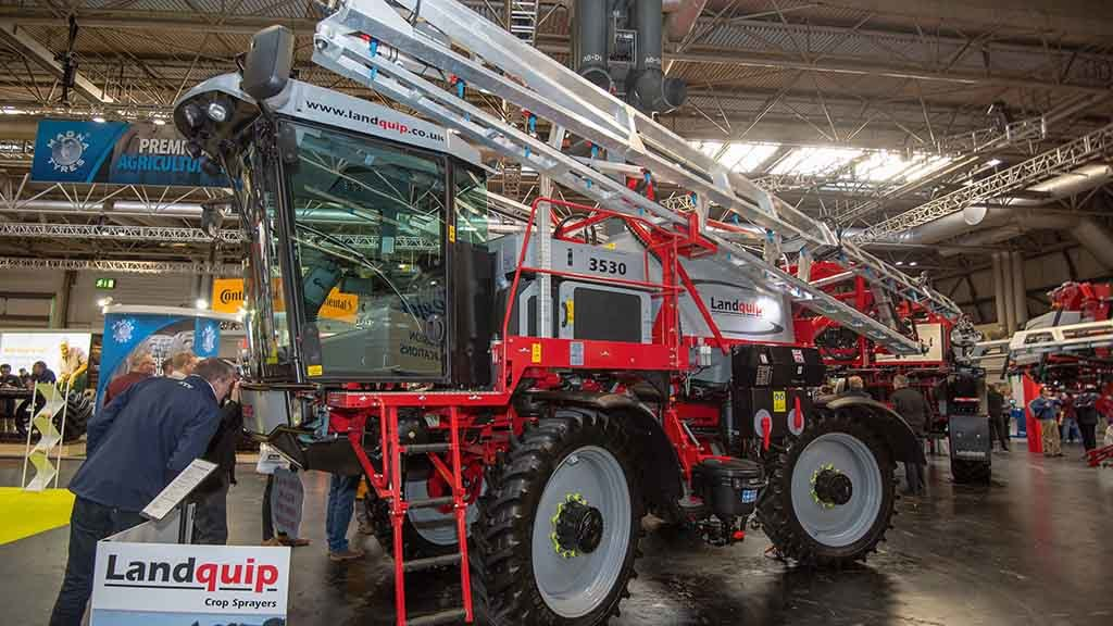 Landquip CV3530 self-propelled sprayer