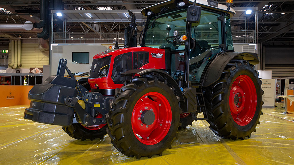 New production agreement will see ArmaTrac tractors made in Africa