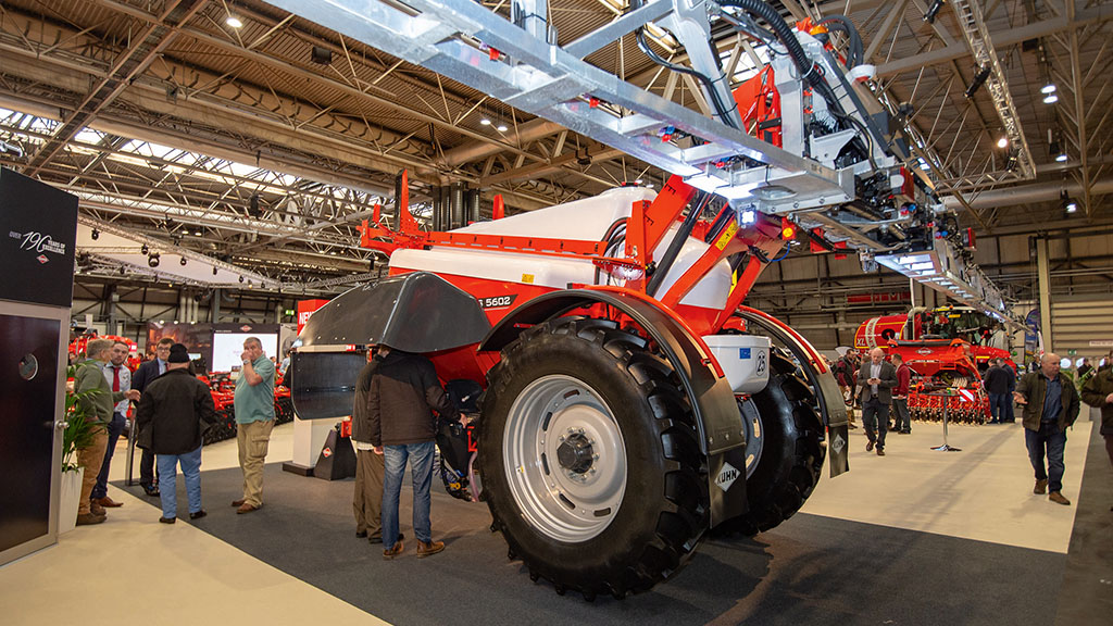 Kuhn Oceanis 2 trailed sprayer