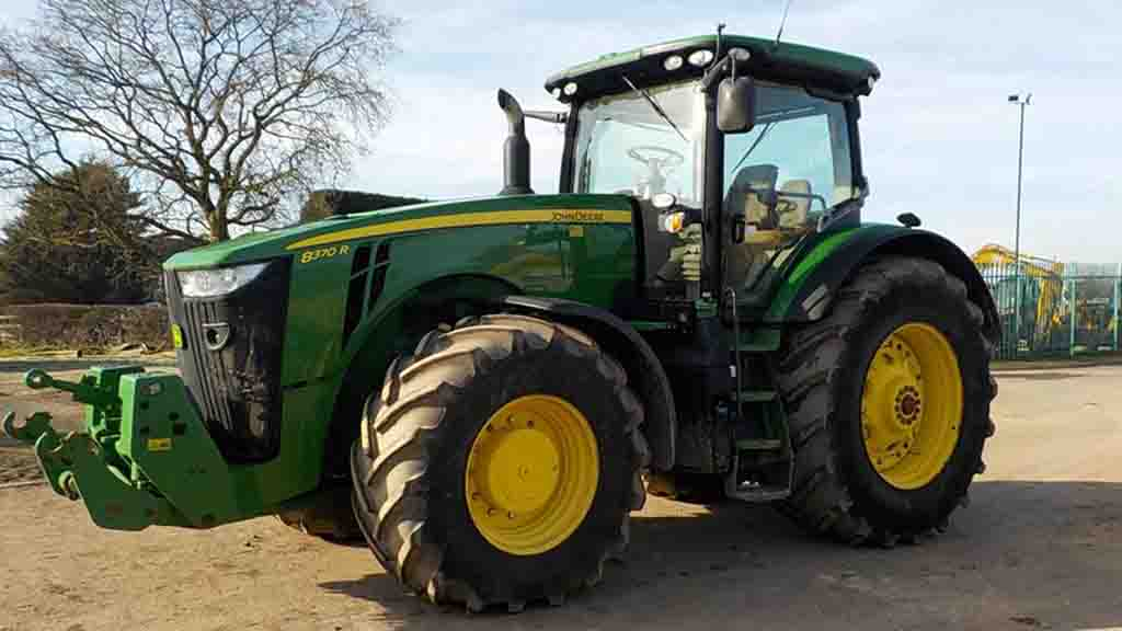 More than 100 John Deere tractors to sell in Hawk Group dispersal