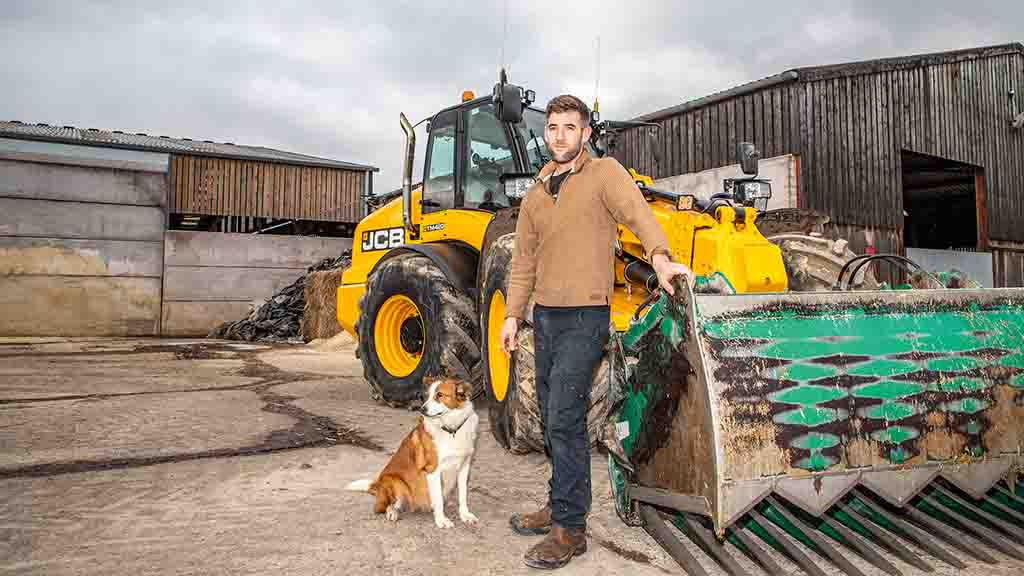 How one JCB TM420 telehandler has been earning its keep on a dairy farm