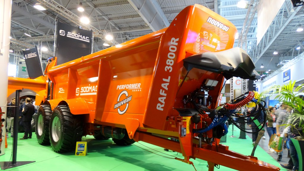 SIMA 2019: Muck, slurry and transport equipment highlights from the show