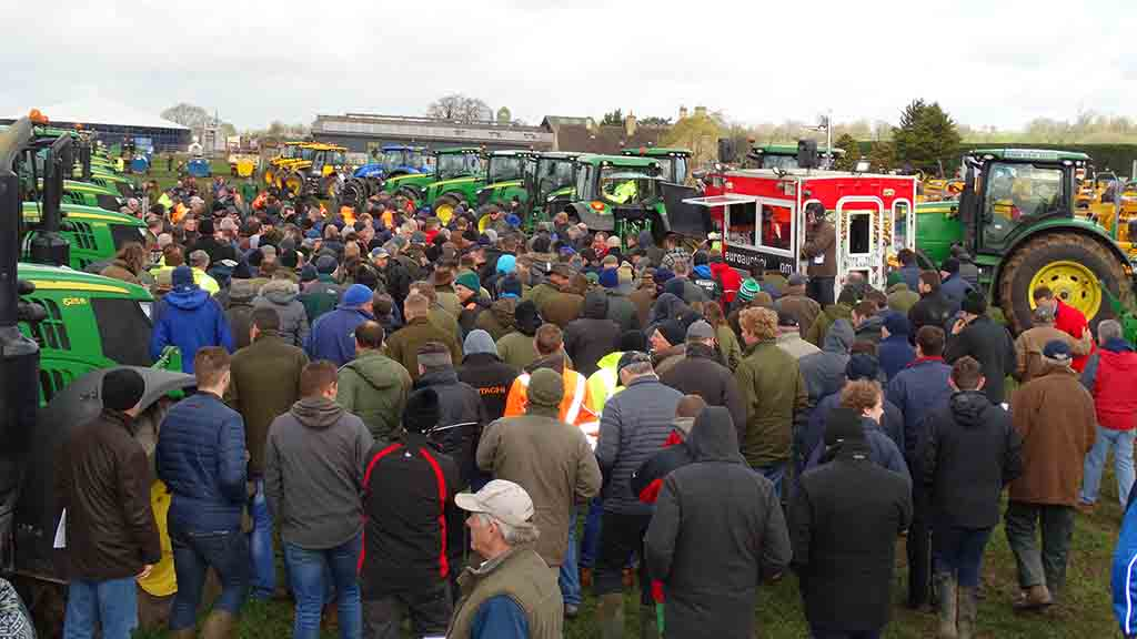 Strong bidding at the Hawk Plant UK dispersal sale of tractors and telehandlers