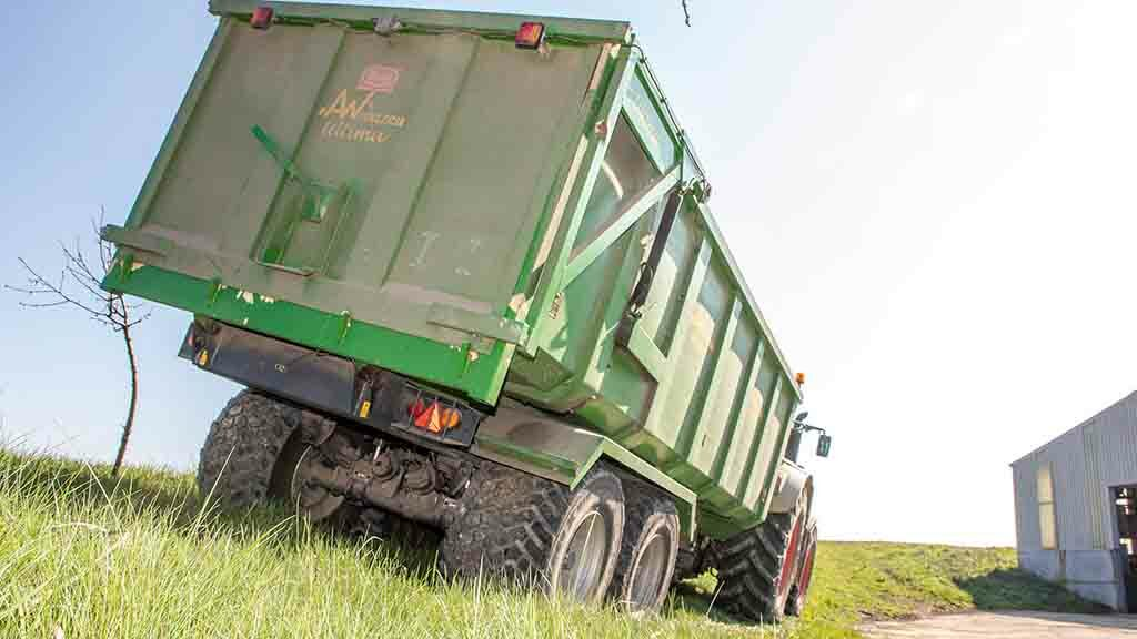 User review: Why one UK farmer thinks his tractor would probably roll before his AW trailer