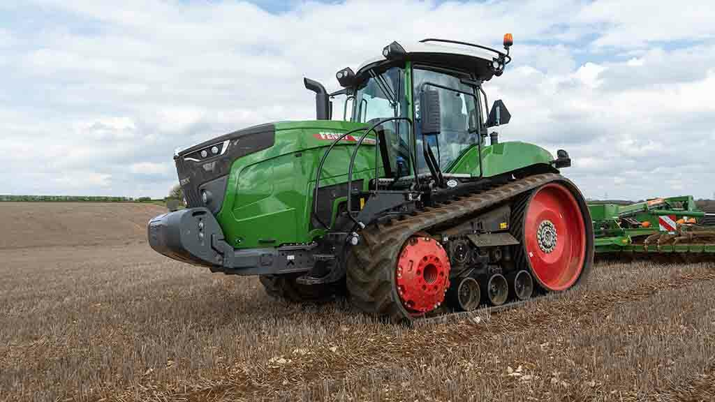 VIDEO: Fendt's new 943 Vario MT tracked tractor put to the test