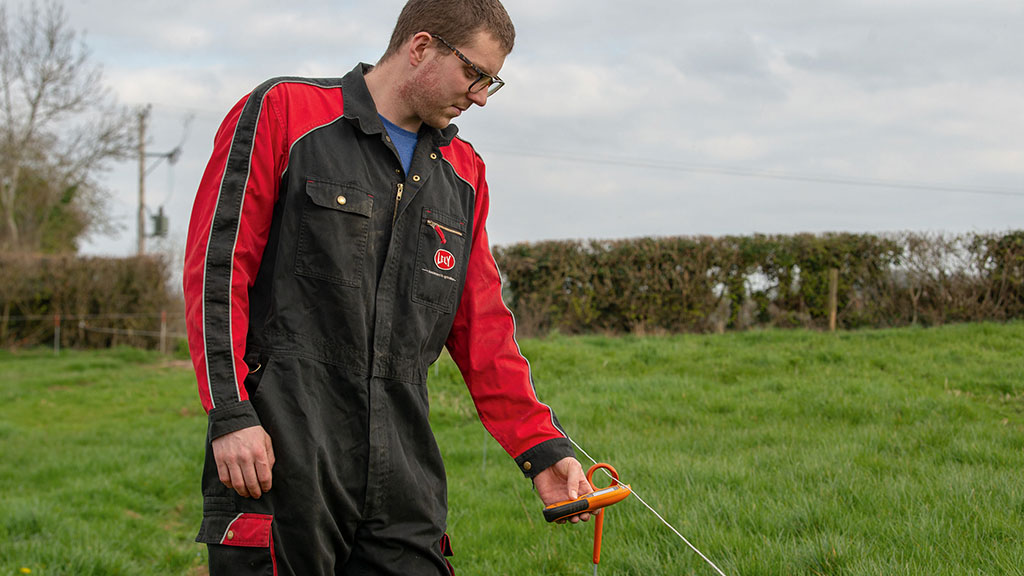 TOP TIPS VIDEO: How to give your electric fence a spring MOT