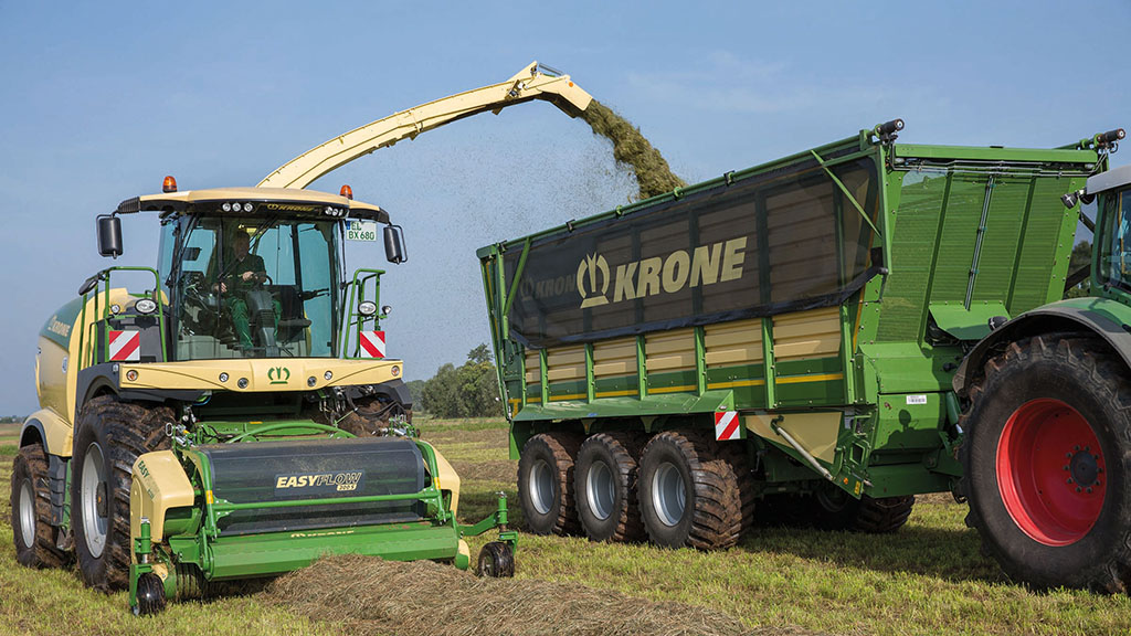 ULV reduces the amount of water needed to be carried to the field to top up silage additive tanks