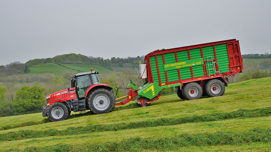 User story: Challenging hills and winding valleys suit forage wagon
