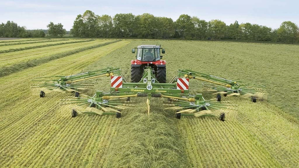 Machinery and tractor special: Top tips for making the perfect swath of grass