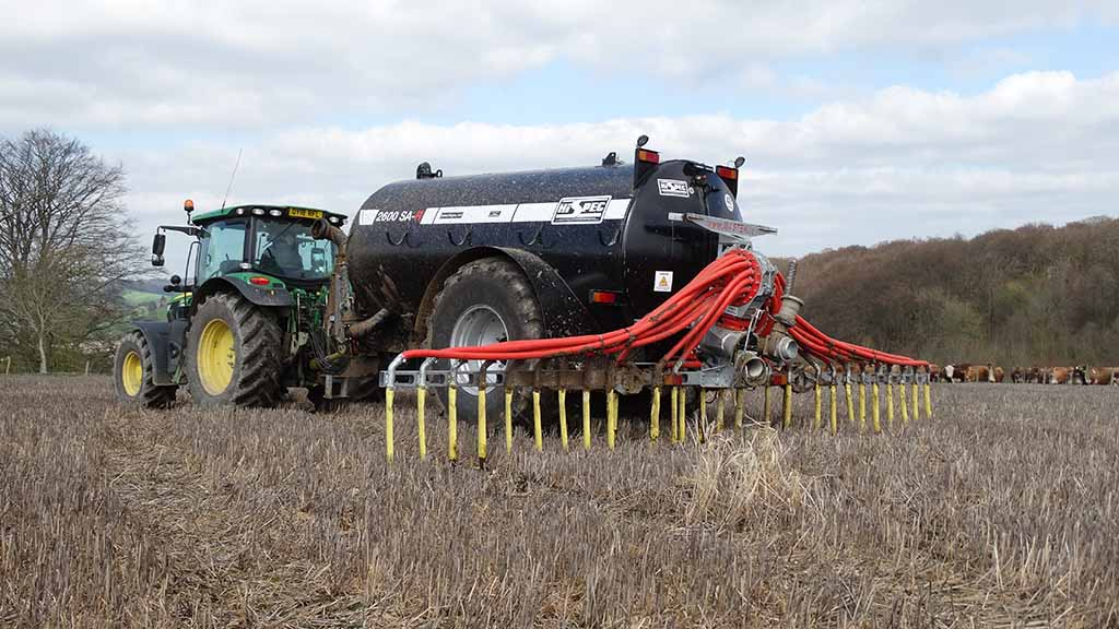 Machinery and tractor special: How a compact dribble bar application system is fitting in