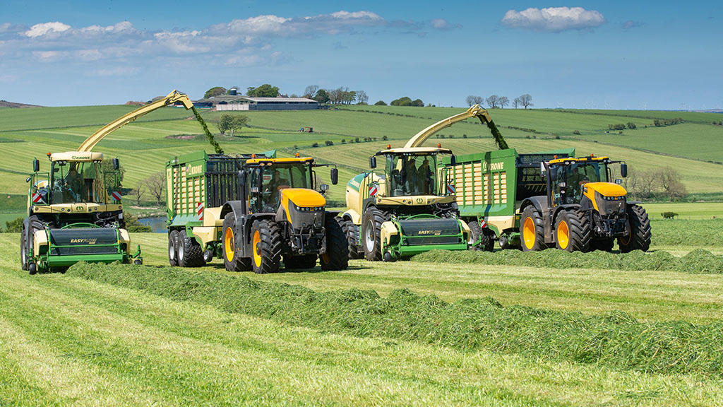 VIDEO: An insight into the grass handling prowess of Krone's latest BigX foragers
