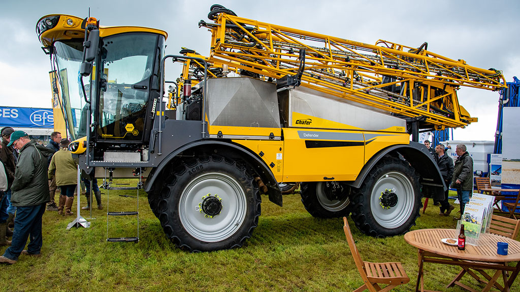 Chafer Defender self-propelled sprayer