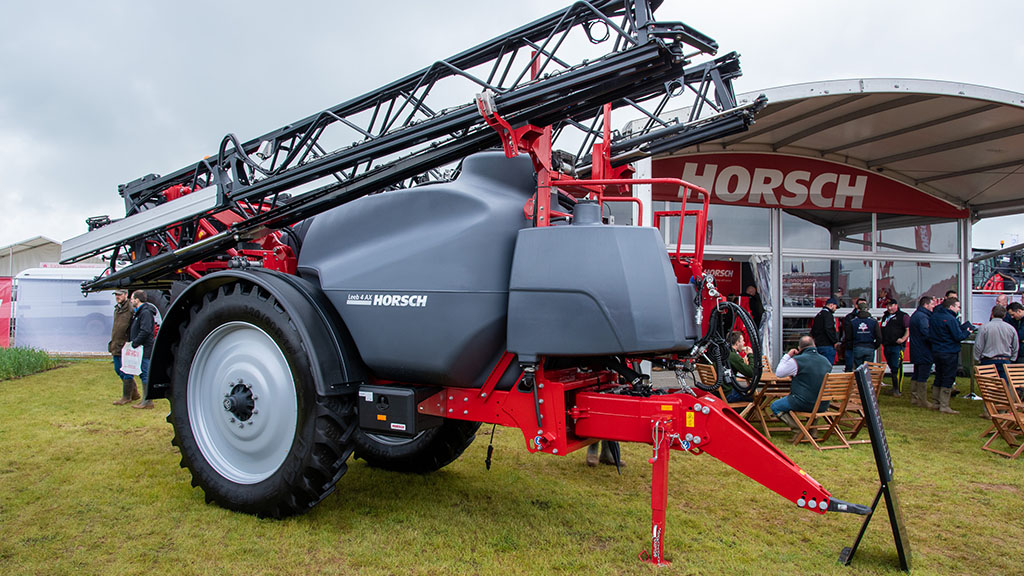 Horsch AX trailed sprayer