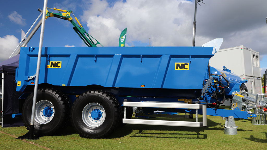 NC brings European spec dump trailer