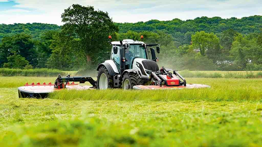 Getting the most from tractor hydraulics with power beyond