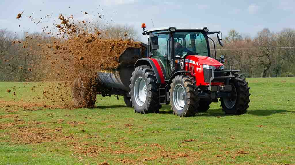 PICTURES/VIDEO: We try out Massey Ferguson's latest addition to the