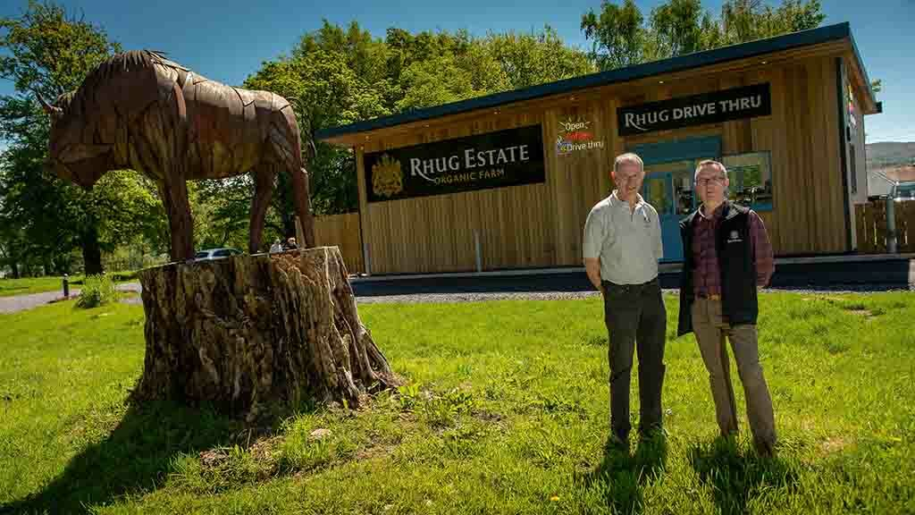 'An easy solution to the hungry traveller' - first drive-through farm takeaway opens on estate