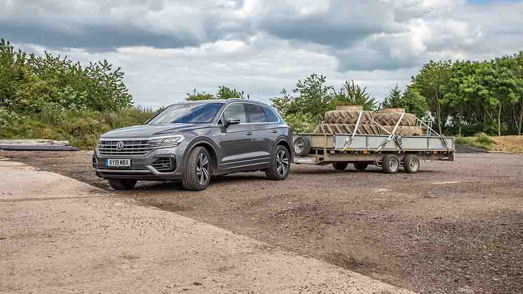 Look out Range Rover: Clever kit as Volkswagen Touareg ups its game