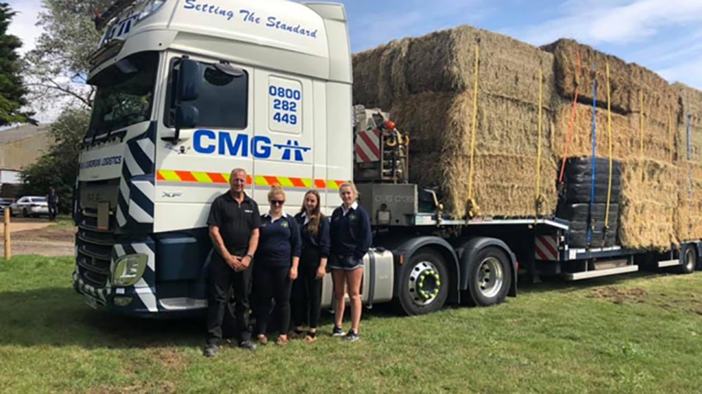 Newport Pagnell YFC gather forage donations for flood-hit Yorkshire farmers