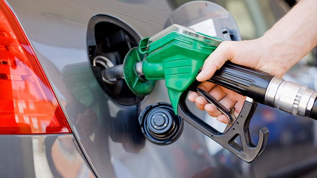 Government proposes to introduce E10 fuel to meet net zero target