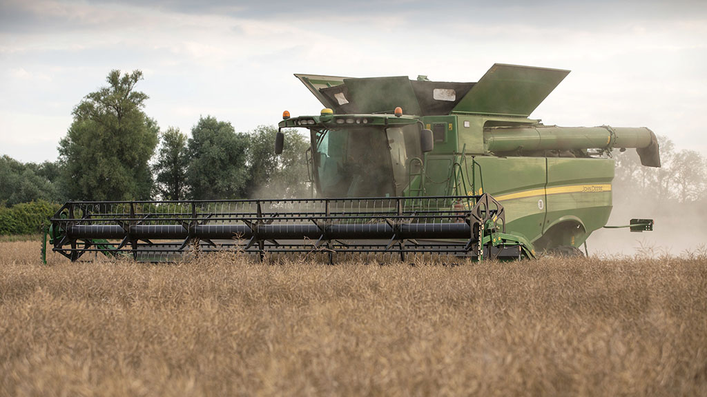 Growers fear for the future of oilseed rape in the UK after latest report