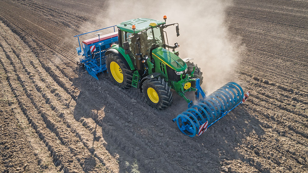 John Deere to launch its most compact 6M tractor ever at Agritechnica