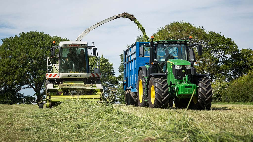 Contractors to have access to Farming Investment Fund grants