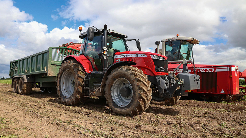 Massey Ferguson 7719S: Mid-model addition offers big tech updates