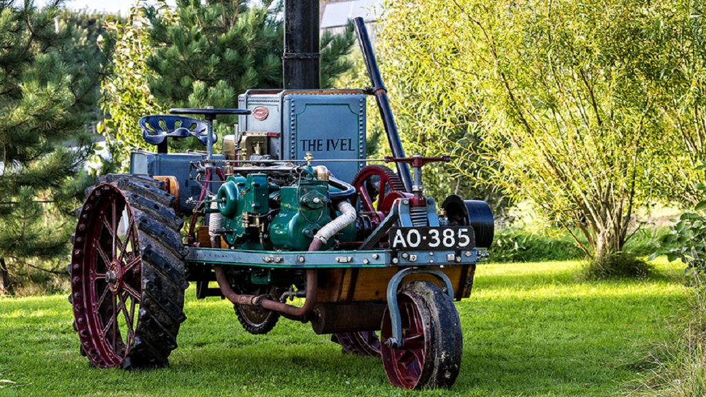 British icon: Rare Ivel tractor set to sell for £250k 116 years after registration