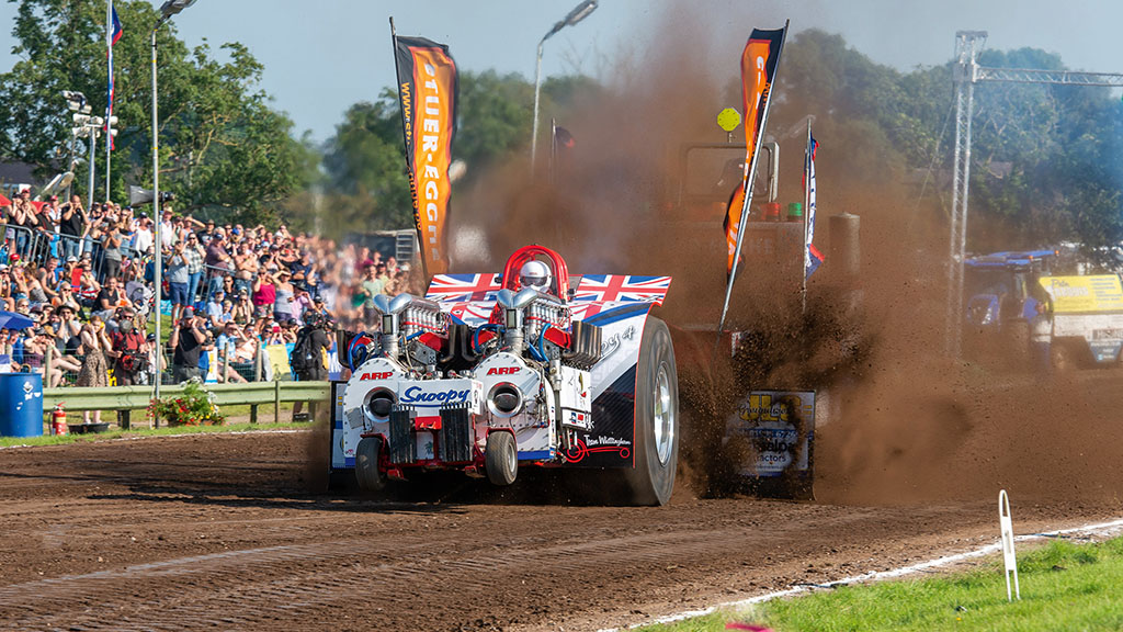 VIDEO: An in-depth look at the serious business of tractor pulling